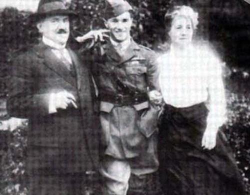 Albert22 family