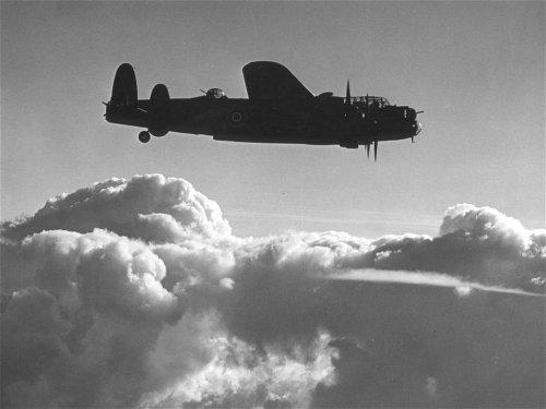 Avro_Lancaster_B_Mk_II_ExCC