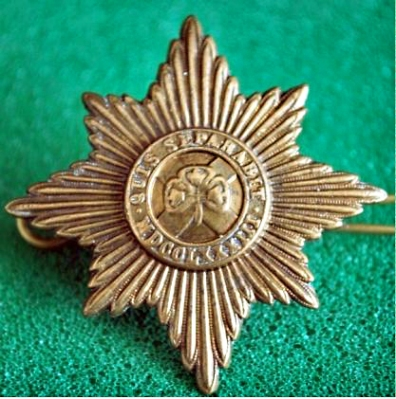 Irish_Guards_cap_badge