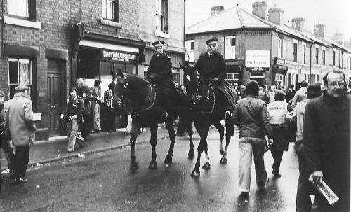 D r x police horses 1