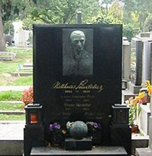 grave_Matthias_Sindelar