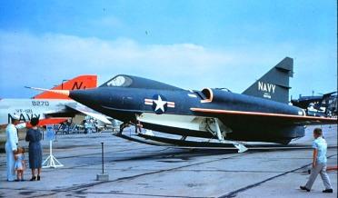 Convair-F2Y-Sea-Dart-4